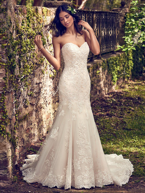 Saige gown from the 2018 Maggie Sottero collection, as seen on dressfinder.ca