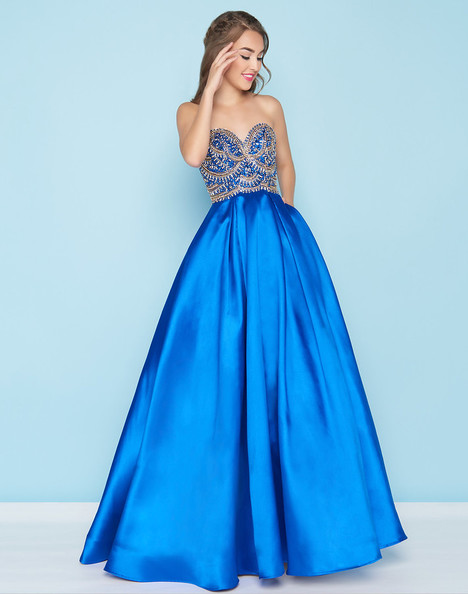 28d5be4ae6b6 66289H (Royal) gown from the 2018 Mac Duggal : Ball Gowns collection, as