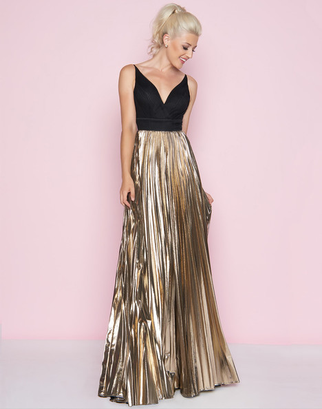 77428L (Black + Gold) gown from the 2018 Mac Duggal : Flash collection, as seen on dressfinder.ca