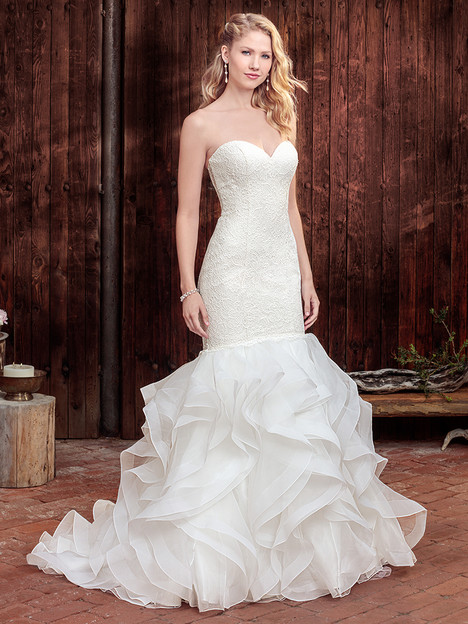 BL262 gown from the 2018 Beloved By Casablanca collection, as seen on dressfinder.ca