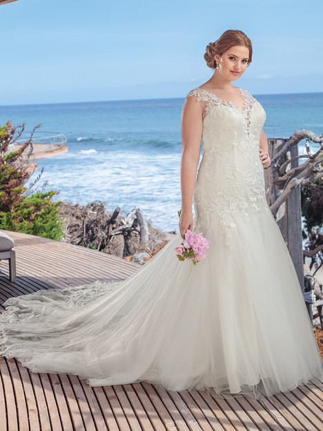 BL255 (Classic Fit) gown from the 2018 Beloved By Casablanca collection, as seen on dressfinder.ca