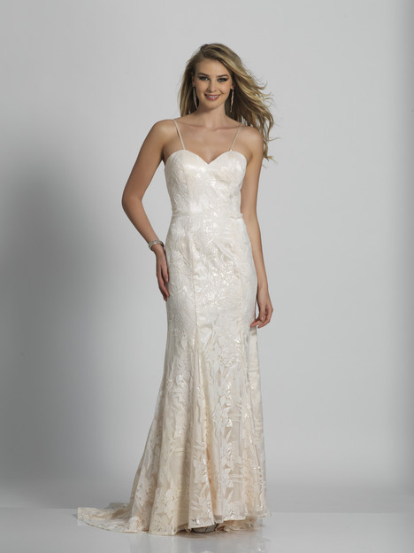 5548 gown from the 2018 Dave & Johnny Special Occasions collection, as seen on dressfinder.ca