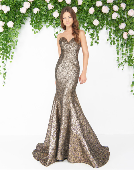 66025D (Antique Gold) gown from the 2018 Mac Duggal : Couture collection, as seen on dressfinder.ca