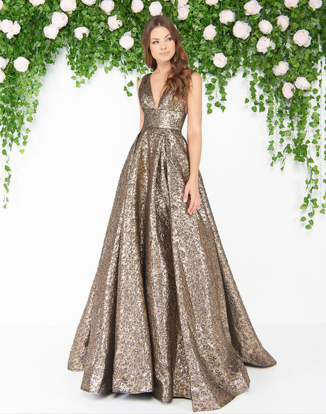 66217D (Antique Gold) gown from the 2018 Mac Duggal : Couture collection, as seen on dressfinder.ca