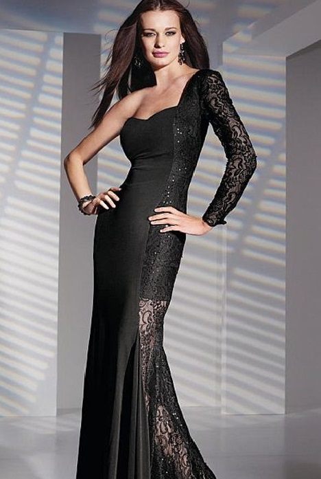 6840 gown from the 2016 Alyce Paris: Semi Formal collection, as seen on dressfinder.ca