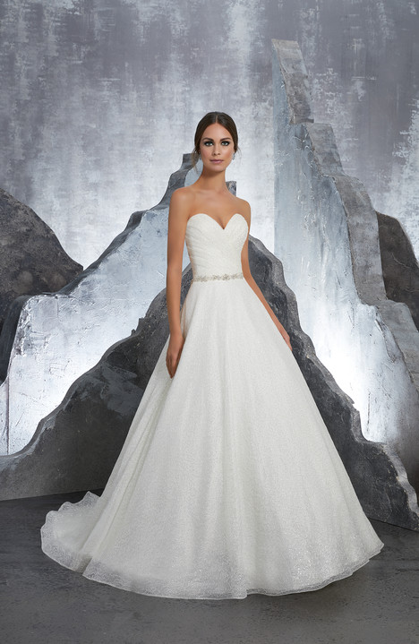 5611 gown from the 2018 Mori Lee: Blu collection, as seen on dressfinder.ca