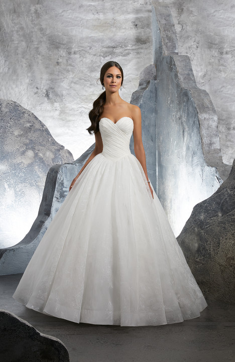 5617 gown from the 2018 Mori Lee: Blu collection, as seen on dressfinder.ca