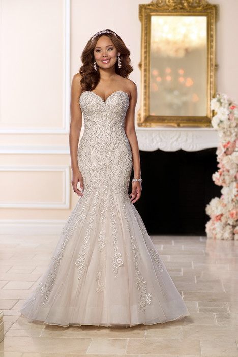 6654 gown from the 2018 Stella York collection, as seen on dressfinder.ca