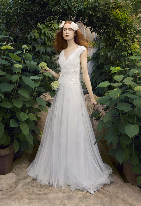 Aysha gown from the 2018 Annasul Y collection, as seen on dressfinder.ca
