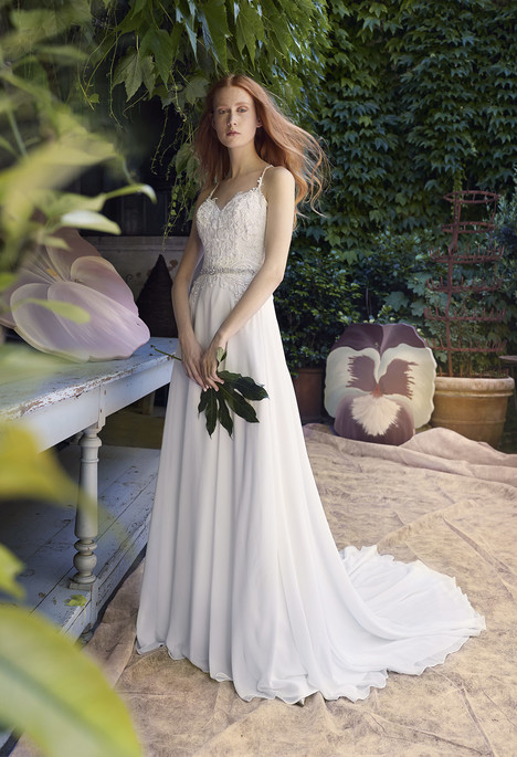 Chava gown from the 2018 Annasul Y collection, as seen on dressfinder.ca