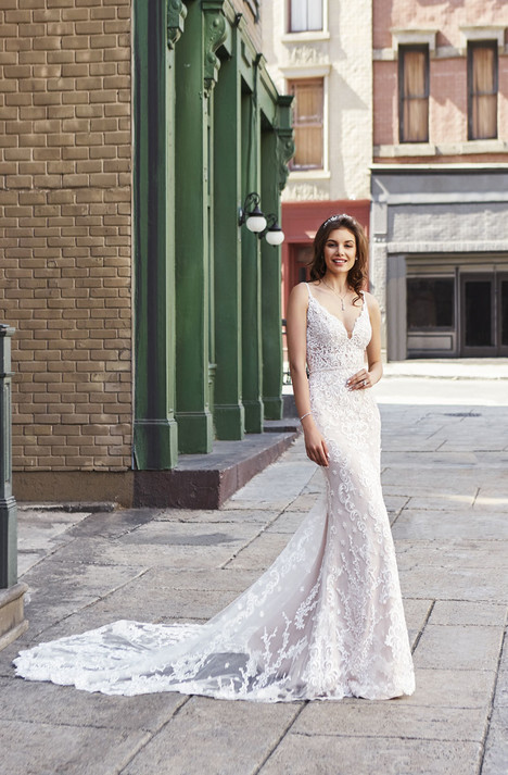 Taylor (H1846) gown from the 2018 KittyChen collection, as seen on dressfinder.ca
