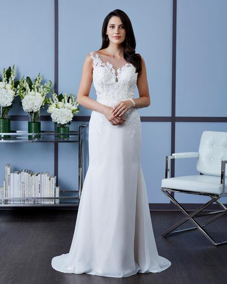 7614 gown from the 2018 Romantic Bridals collection, as seen on dressfinder.ca
