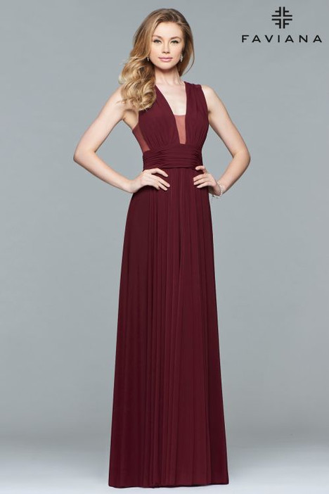 dfd481ea11f S10095 gown from the 2018 Faviana Prom collection