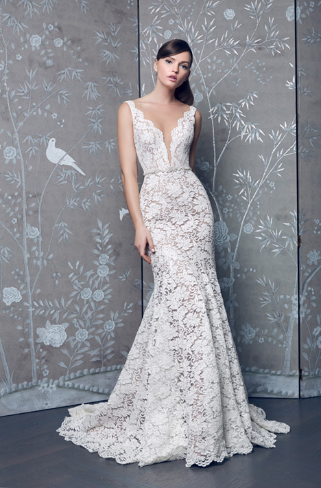 L8153 gown from the 2018 Legends Romona Keveza collection, as seen on dressfinder.ca