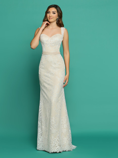 F7056AL gown from the 2018 Informal by DaVinci collection, as seen on dressfinder.ca