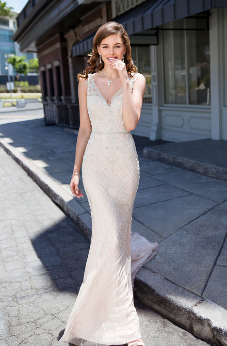 Maddie (K1845) gown from the 2018 KittyChen Couture collection, as seen on dressfinder.ca