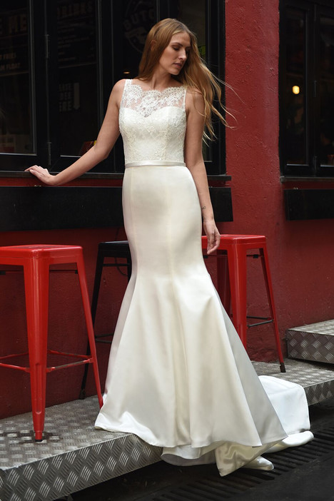 Saturday gown from the 2018 Augusta Jones collection, as seen on dressfinder.ca