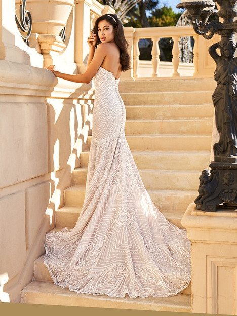 Justine (Back) gown from the 2018 Val Stefani collection, as seen on dressfinder.ca