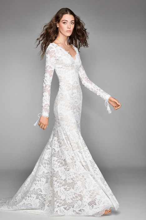Luna gown from the 2018 Watters: Willowby collection, as seen on dressfinder.ca