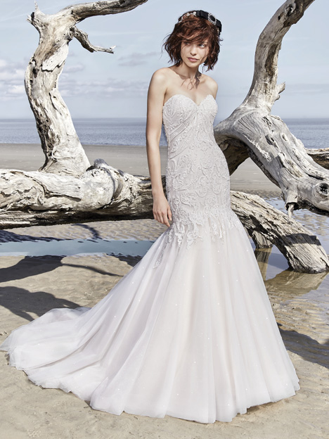 Brette gown from the 2018 Sottero and Midgley collection, as seen on dressfinder.ca