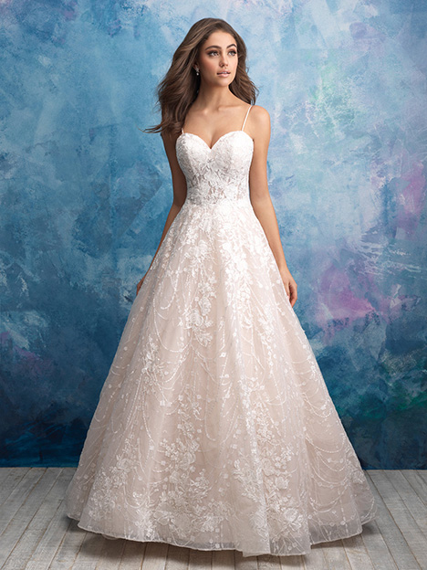 9559 gown from the 2018 Allure Bridals collection, as seen on dressfinder.ca