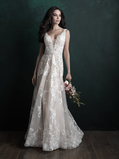 C505 gown from the 2018 Allure Couture collection, as seen on dressfinder.ca