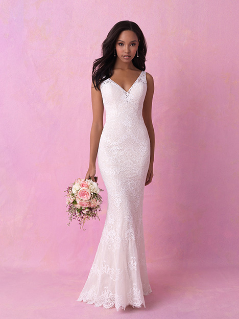 3160 gown from the 2018 Allure Romance collection, as seen on dressfinder.ca