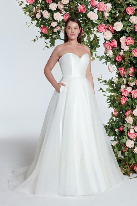 11005 gown from the 2018 Sweetheart collection, as seen on dressfinder.ca