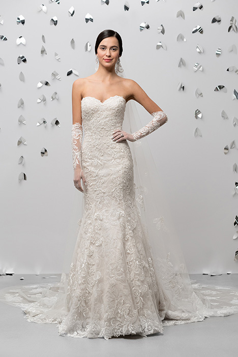 99018 gown from the 2018 Justin Alexander Signature collection, as seen on dressfinder.ca