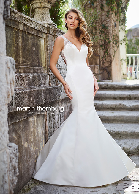 218217 gown from the 2018 Martin Thornburg for Mon Cheri collection, as seen on dressfinder.ca