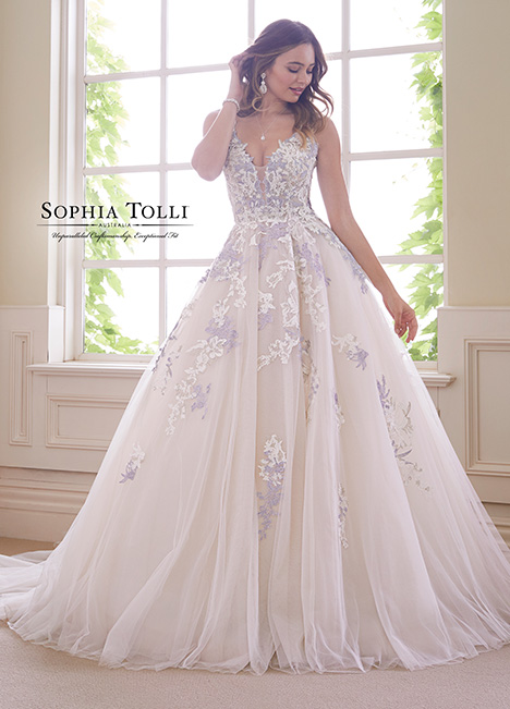 Y21834 gown from the 2018 Sophia Tolli collection, as seen on dressfinder.ca
