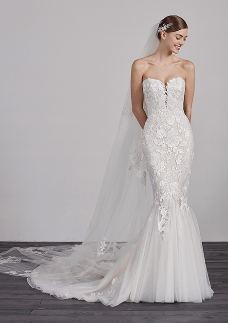 ERCILIA gown from the 2019 Pronovias collection, as seen on dressfinder.ca