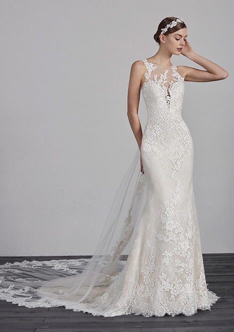 ERMA gown from the 2019 Pronovias collection, as seen on dressfinder.ca