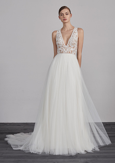 cb8b6602941 ESPIGA gown from the 2019 Pronovias collection