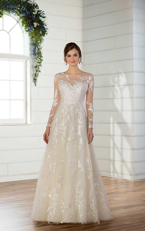 D2690 gown from the 2018 Essense of Australia collection, as seen on dressfinder.ca