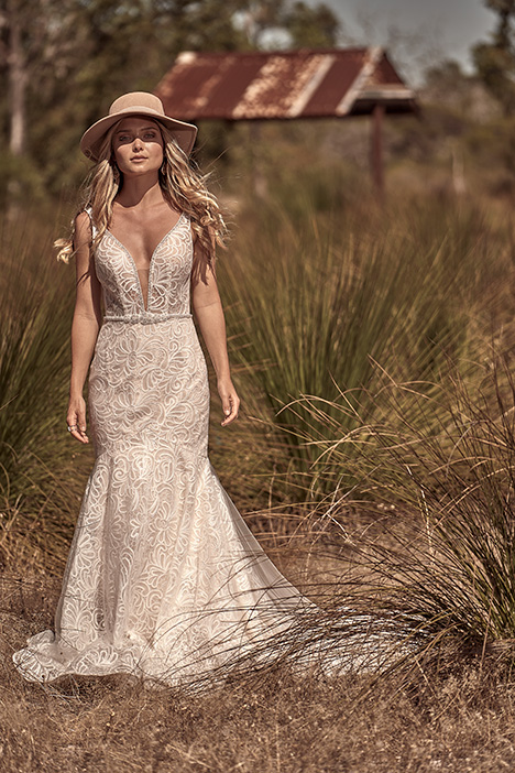 WA 217-1Z gown from the 2018 White April collection, as seen on dressfinder.ca