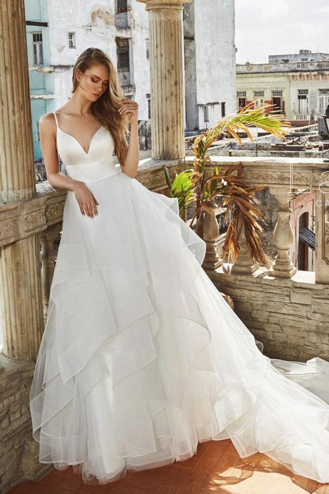 LA8223 gown from the 2018 L'Amour by Calla Blanche collection, as seen on dressfinder.ca