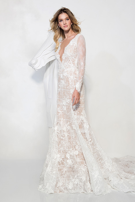 1904 gown from the 2019 Yaniv Persy Bridal Couture collection, as seen on dressfinder.ca