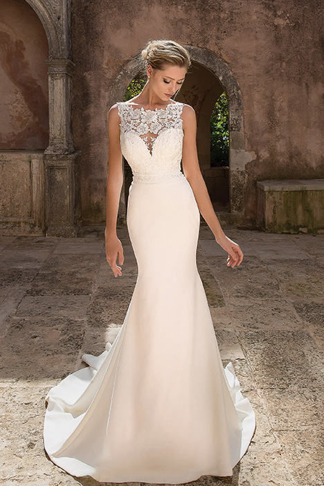 88045 gown from the 2019 Justin Alexander collection, as seen on dressfinder.ca