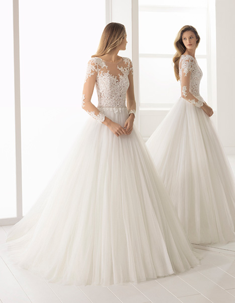 8f7b92c9a2627 BASILIC gown from the 2018 Aire Barcelona Bridal collection, as seen on  dressfinder.ca