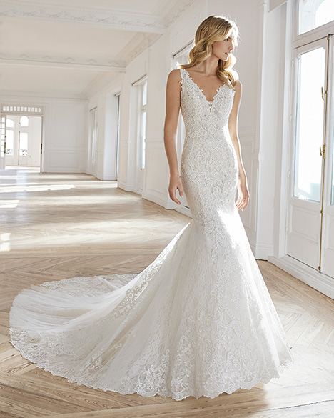 EMILIE gown from the 2019 Aire Barcelona Bridal collection, as seen on dressfinder.ca