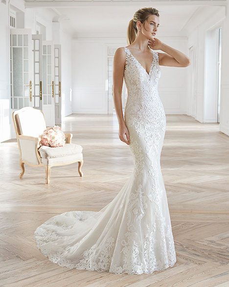 ELIAM gown from the 2019 Aire Barcelona Bridal collection, as seen on dressfinder.ca