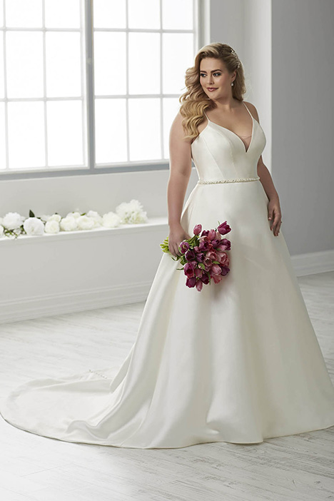 29317 gown from the 2018 Christina Wu: Love collection, as seen on dressfinder.ca