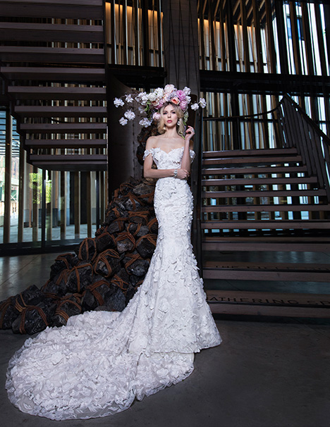 GAUTIER gown from the 2019 Yumi Katsura collection, as seen on dressfinder.ca