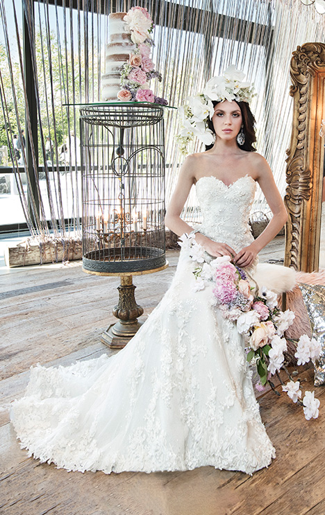 HAVANA gown from the 2019 Yumi Katsura collection, as seen on dressfinder.ca