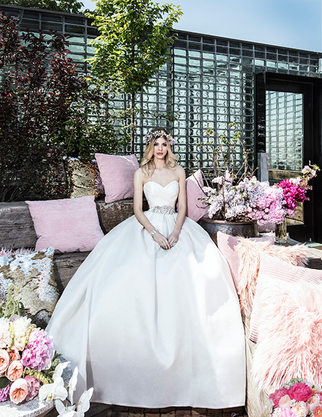 HYACINTH gown from the 2019 Yumi Katsura collection, as seen on dressfinder.ca