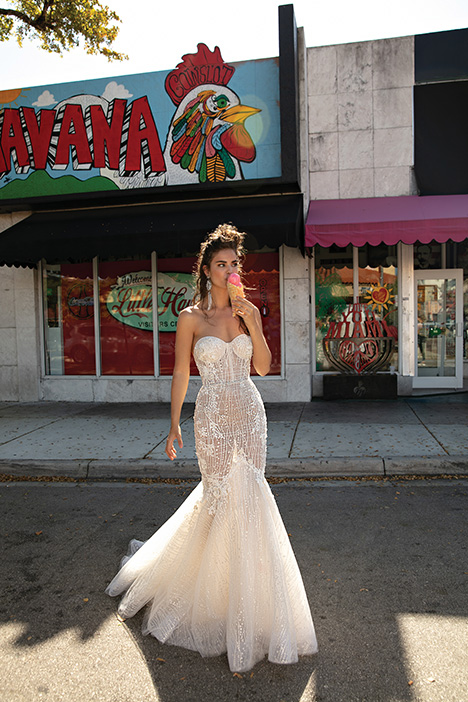 19-08 gown from the 2019 Berta Bridal collection, as seen on dressfinder.ca