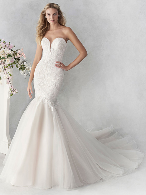 be450 gown from the 2018 Ella Rosa collection, as seen on dressfinder.ca