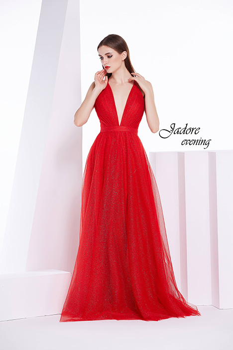 J14041 gown from the 2018 Jadore Evening collection, as seen on dressfinder.ca