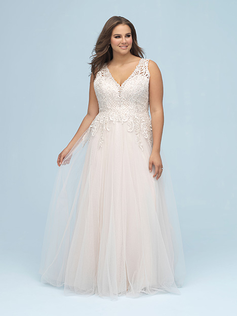 W440 gown from the 2019 Allure Women collection, as seen on dressfinder.ca